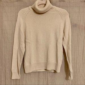 Jean Pierre turtleneck sweater size M